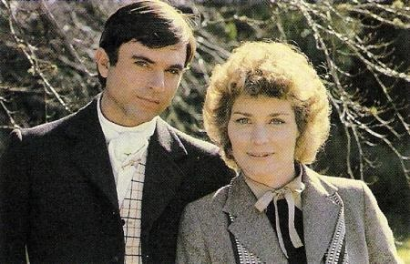 Sam Neill as Damien Thorn and Lisa Harrow as Kate Reynolds